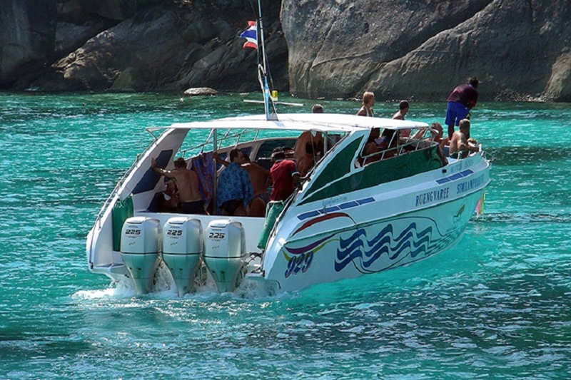 Phi Phi Bamboo Is. by Speed Boat